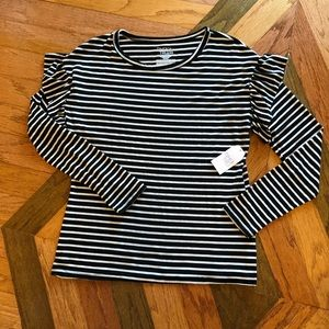 NWT Black and white striped top💛